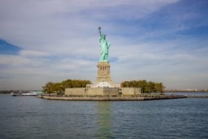 Woman who climbed Statue of Liberty facing prison
